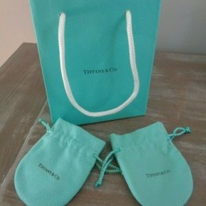 Tiffany & Co. Pouch & BAG Bracelet Necklace 3pc